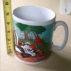 Enormous Pepe le Pew Mug! Cat Skunk Love Valentine